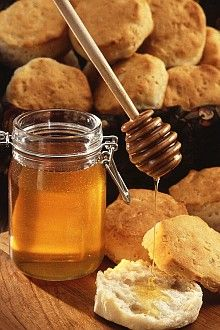 2. Golden Sweet Honey and Biscuits. Photo Credit: Scott Bauer (http://www.ars.usda.gov/is/graphics/photos, K7240-6), Agricultural Research Service (ARS, http://www.ars.usda.gov), United States Department of Agriculture (USDA, http://www.usda.gov), Government of the United States of America (USA).