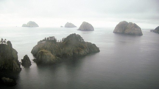 Chiswell Island Group in the Gulf of Alaska (1989), State of Alaska, USA. Photo Credit: M. Nishimoto, Alaska Image Library, United States Fish and Wildlife Service Digital Library System (http://images.fws.gov, AMNWR/0000029/Nishimoto M), United States Fish and Wildlife Service (FWS, http://www.fws.gov), United States Department of the Interior (http://www.doi.gov), Government of the United States of America (USA).