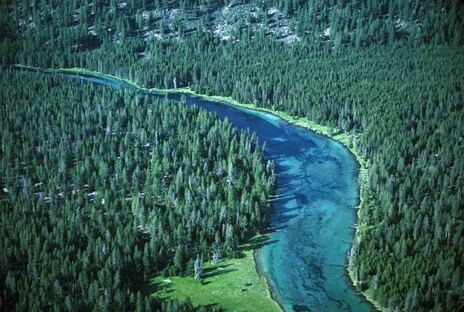 Spring Creek, State of Oregon, USA. Photo Credit: Tupper Ansel Blake, NCTC Image Library, United States Fish and Wildlife Service Digital Library System (http://images.fws.gov, WV11340-klamath), United States Fish and Wildlife Service (FWS, http://www.fws.gov), United States Department of the Interior (http://www.doi.gov), Government of the United States of America (USA).