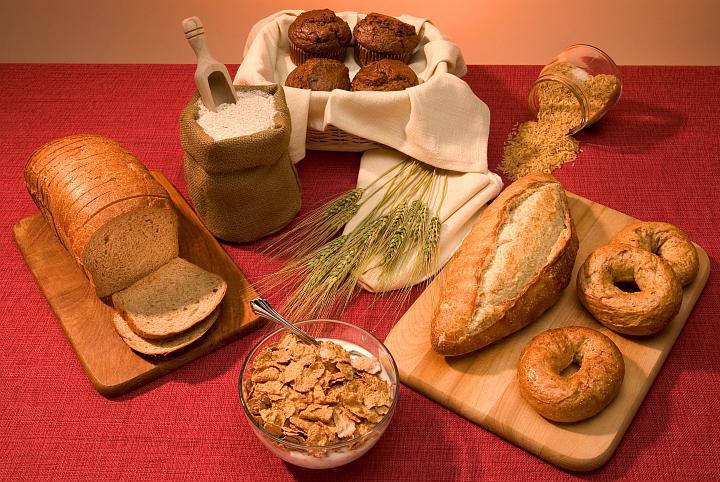 Nutritious Food: Bran Muffins, Brown Rice, Whole-Wheat Loaf Bread, Whole-Wheat Bagels, Whole-Grain Cereal, Whole-Wheat Sliced Bread, and Whole-Wheat Flour. Photo Credit (Full size): Stephen Ausmus (http://www.ars.usda.gov/is/graphics/photos, D001-1), Agricultural Research Service (ARS, http://www.ars.usda.gov), United States Department of Agriculture (USDA, http://www.usda.gov), Government of the United States of America (USA).