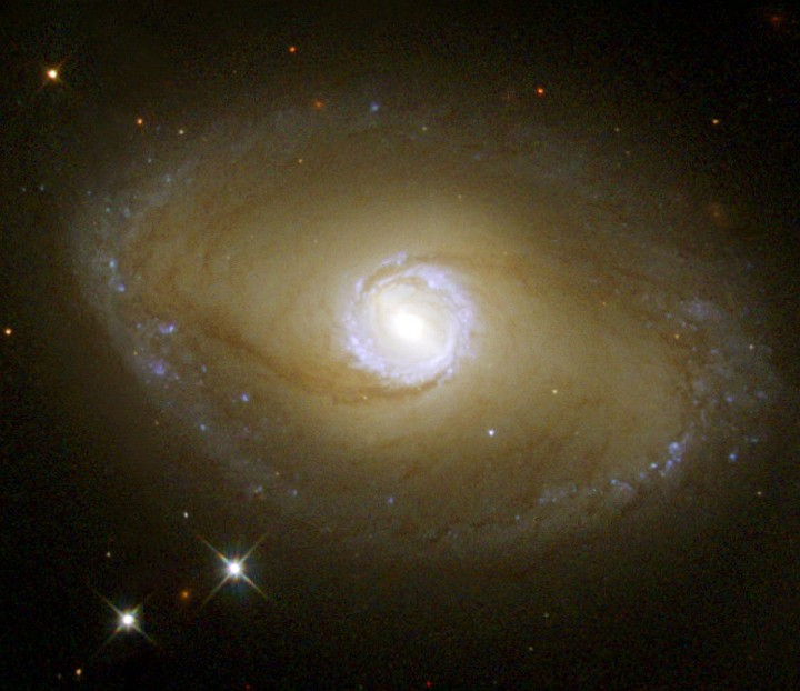 Ultraviolet View of Barred-Spiral Galaxy NGC 6782 in the Constellation Pavo. Photo Credit (Full size): Hubble Reveals Ultraviolet Galactic Ring, June 2000 and June 2001 (Release date: November 1, 2001), STScI-2001-37, NASA's Earth-orbiting Hubble Space Telescope (http://HubbleSite.org); The Hubble Heritage Team (STScI/AURA), National Aeronautics and Space Administration (NASA, http://www.nasa.gov), Government of the United States of America (USA). Acknowledgment: Dr. Rogier Windhorst of Arizona State University, State of Arizona, USA.