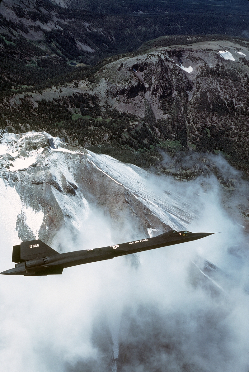 15. U.S. Air Force SR-71 Blackbird Flies Over a Mountain Range, April 23, 1985. Photo Credit: Tech. Sgt. Michael Haggerty, United States Air Force; Defense Visual Information (DVI, http://www.DefenseImagery.mil, DF-ST-85-06141) and United States Air Force (USAF, http://www.af.mil), United States Department of Defense (DoD, http://www.DefenseLink.mil or http://www.dod.gov), Government of the United States of America (USA).