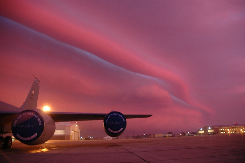Photo 1. Beautiful and Impressive View of a Storm Front, With Clouds -- One Shaped Like a Long Tube-Ribbon -- and the Sky Painted and Bathed in a Wonderful Combination of Shades of Pink-Purple Colors, October 4, 2006, Niagara Falls Air Reserve Station (Niagara Falls Air Base), State of New York, USA. Photo Credit: Senior Master Sgt. Ray Lloyd, United States Air Force (USAF, http://www.af.mil); DefenseLINK Multimedia Gallery - Images (http://www.DefenseLink.mil/multimedia/, 061004-F-0996L-041), United States Department of Defense (DoD, http://www.DefenseLink.mil or http://www.dod.gov), Government of the United States of America (USA).