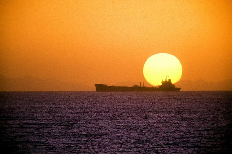 صور غروب الشمس في بعض مناطق العالم Gpw-200702-01-UnitedStates-DefenseVisualCenter-DNST9300642